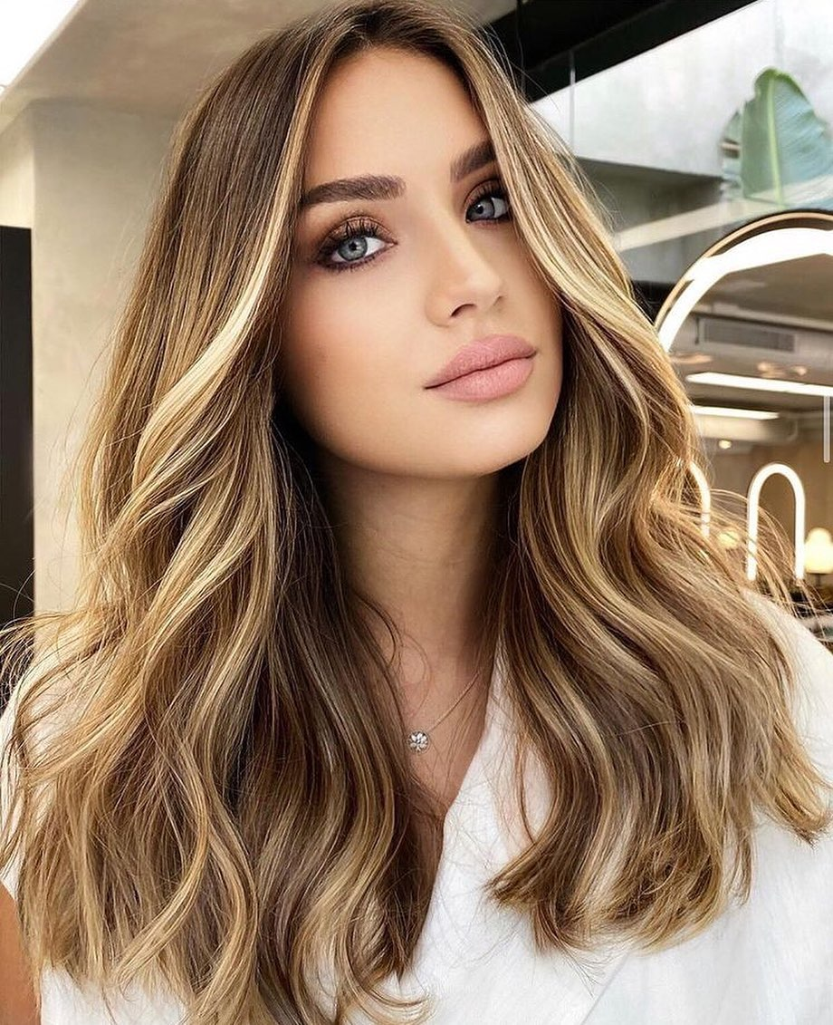 Chic Highlights for Light Brown Hair