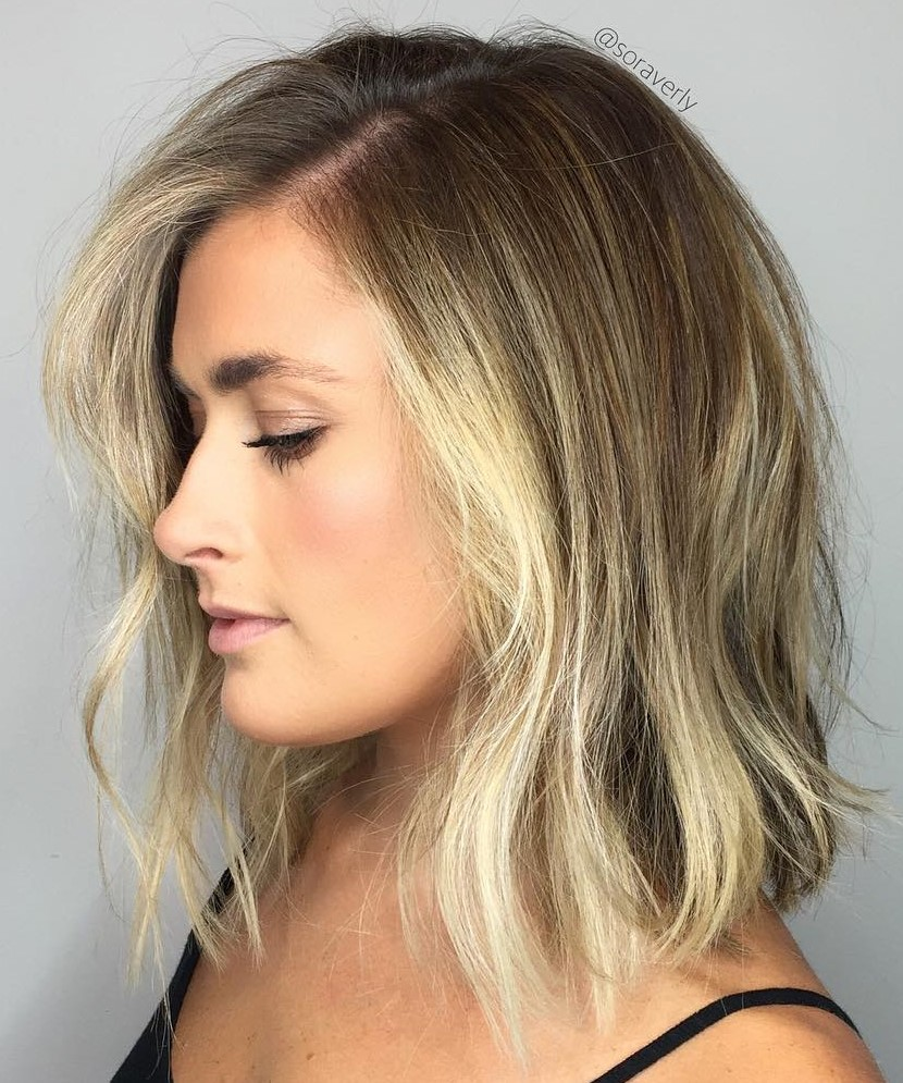 Medium Hairstyle with Highlighted Front Strands