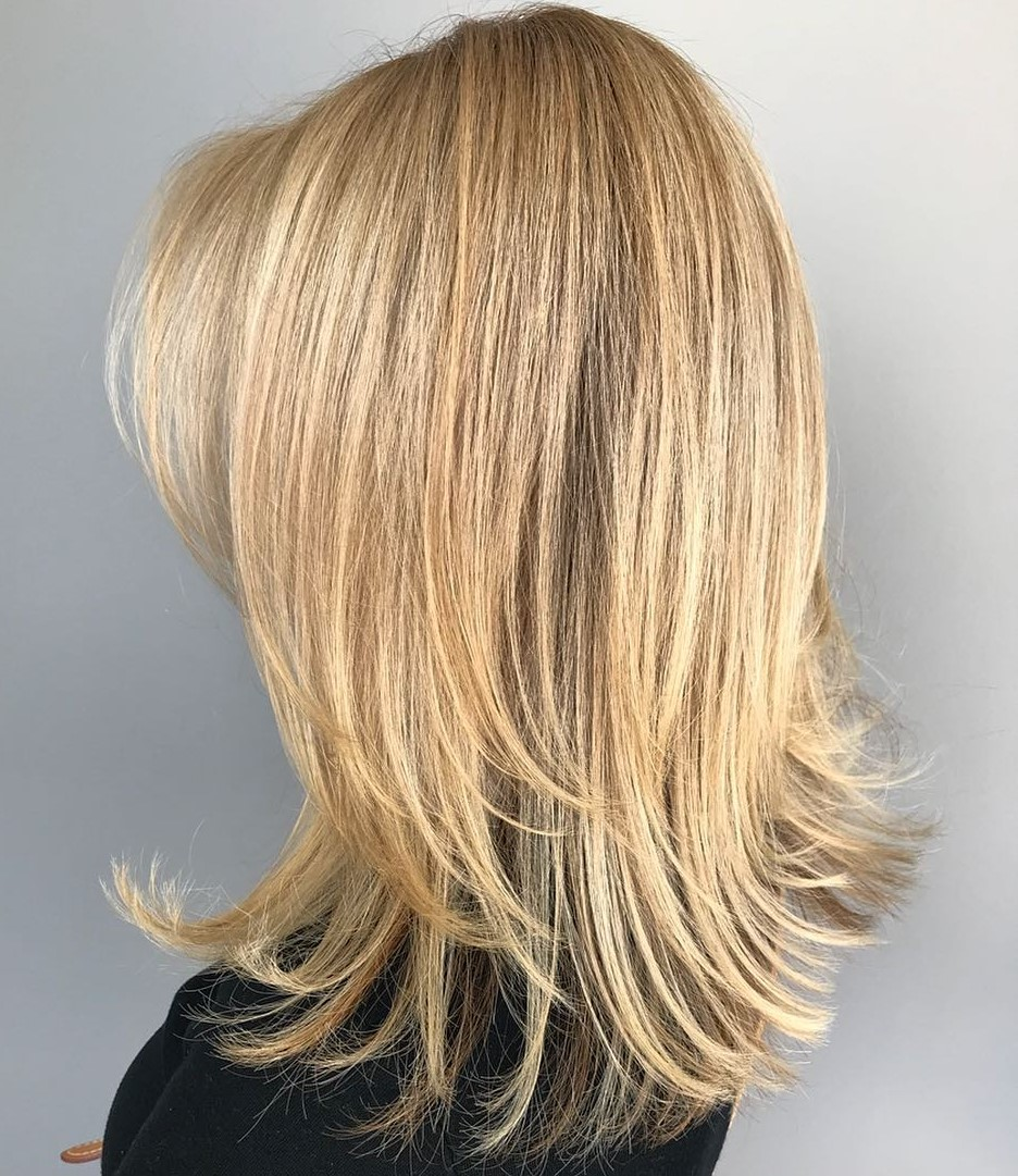 Mid Length Hairstyle with Layers