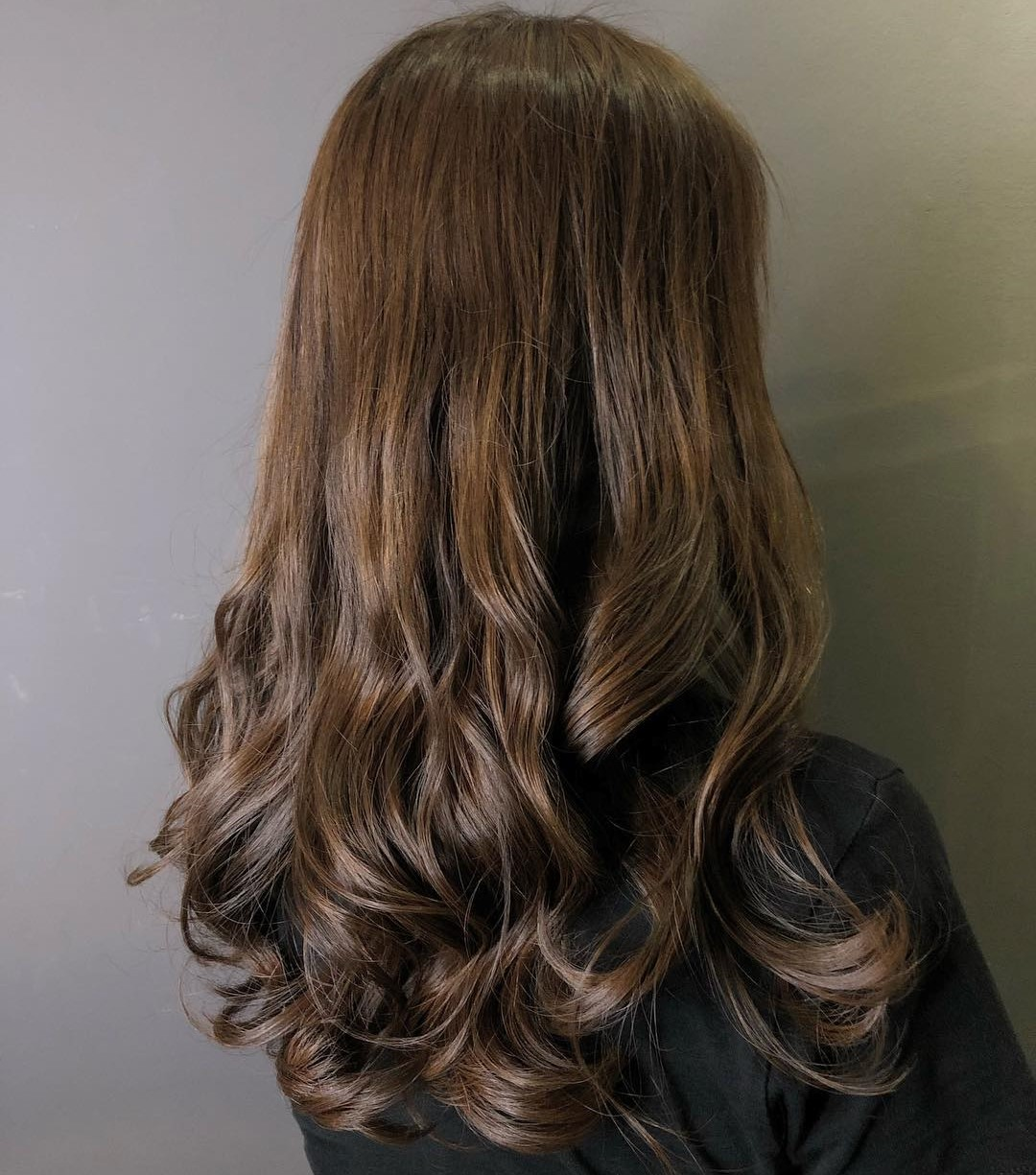 Long Hair with Midshaft-to-Ends Curls