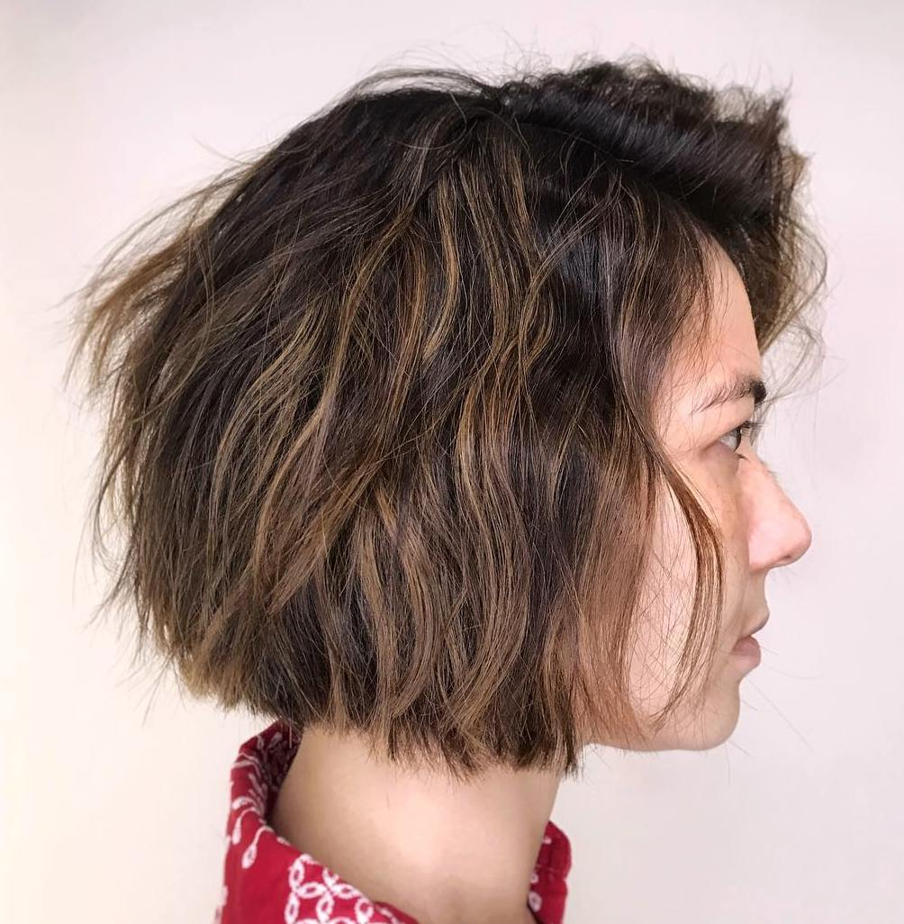 Blunt Brunette bob with Subtle Waves