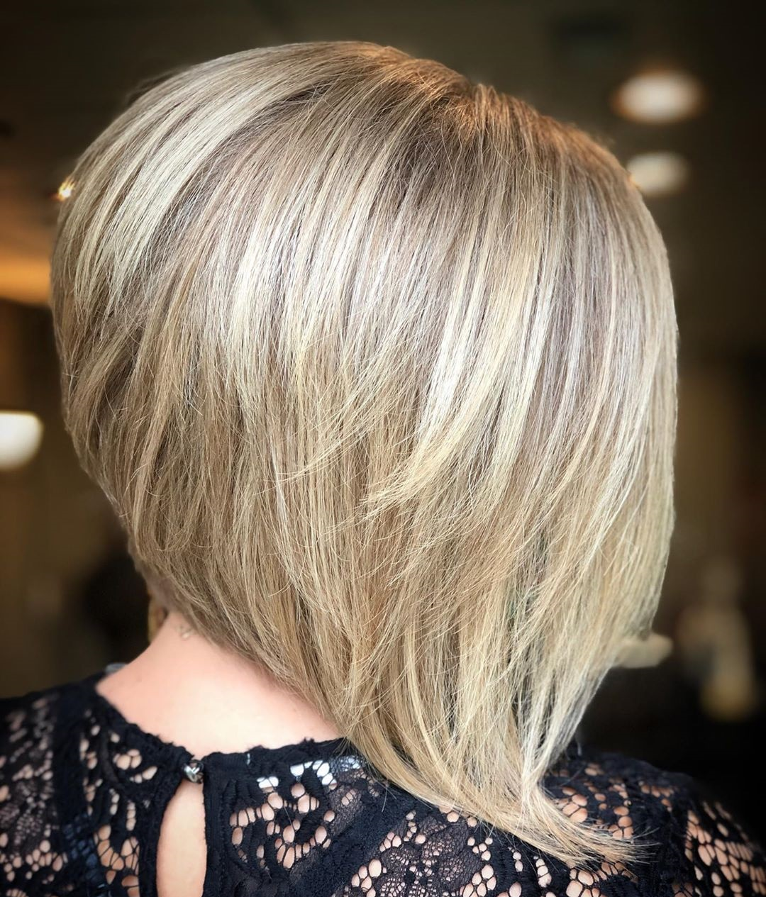 Inverted Bob with Shorter and Longer Layers