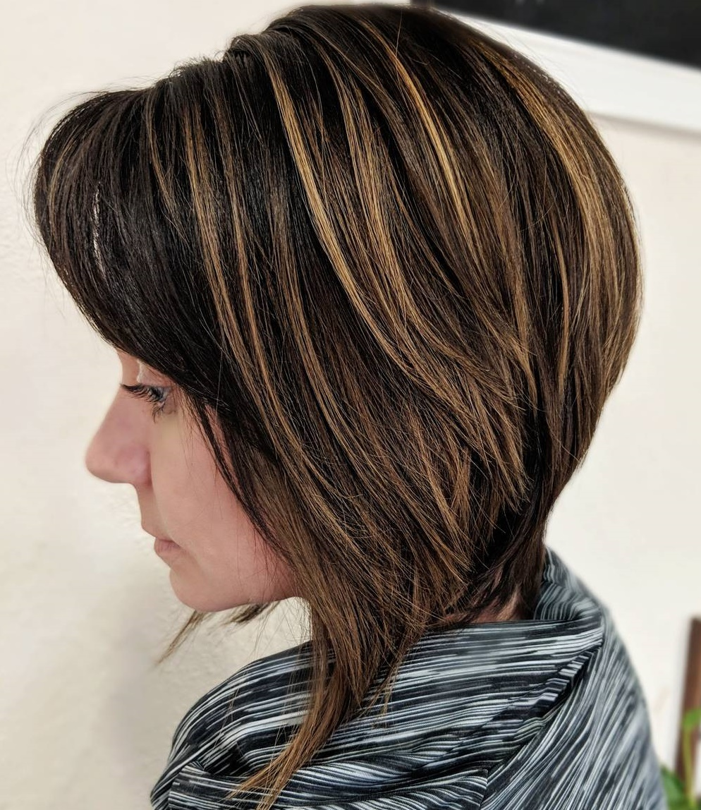 Inverted Bob with Choppy Layers and Highlights