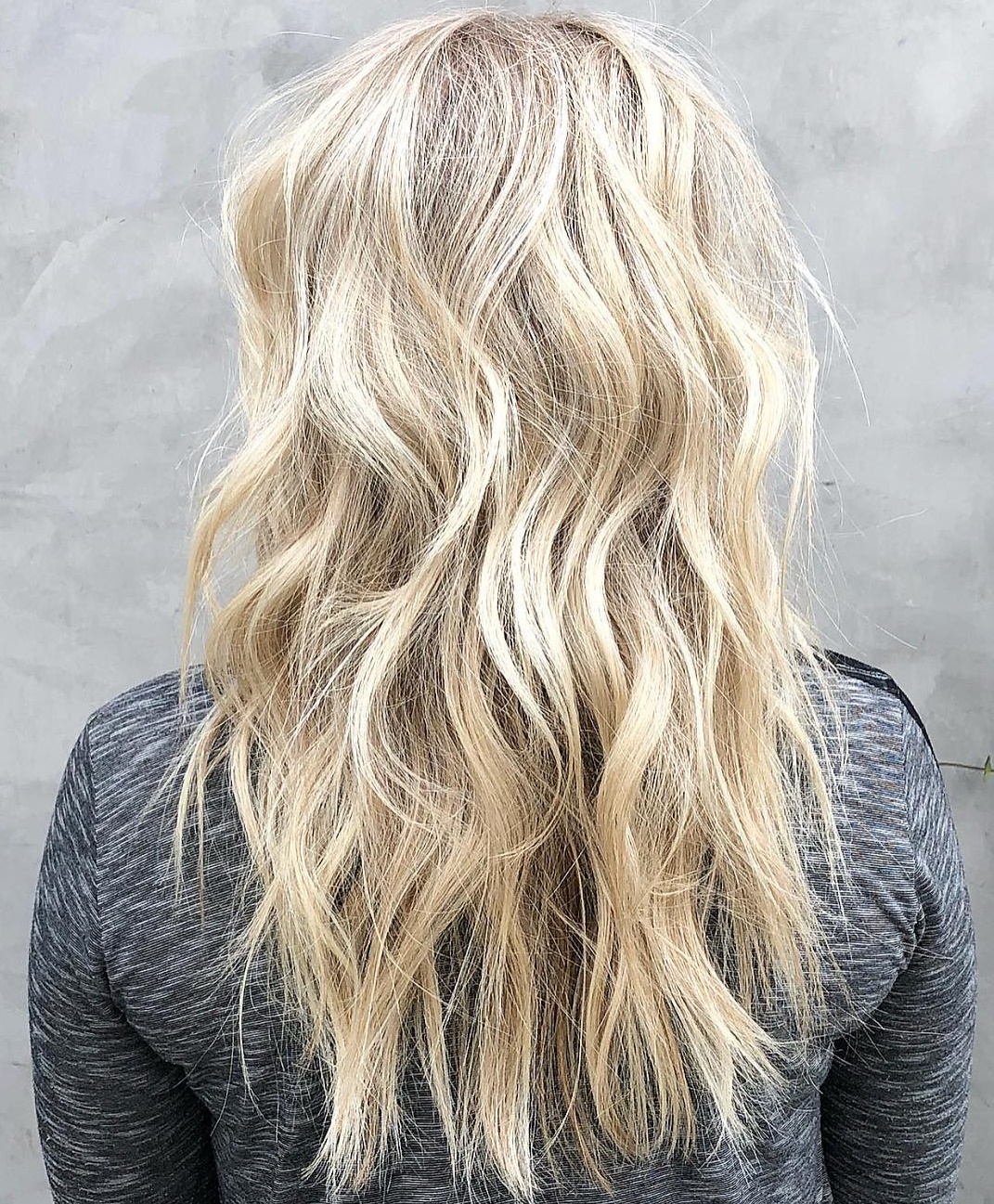 Sexy Blonde Hairstyle with Bedhead Curls