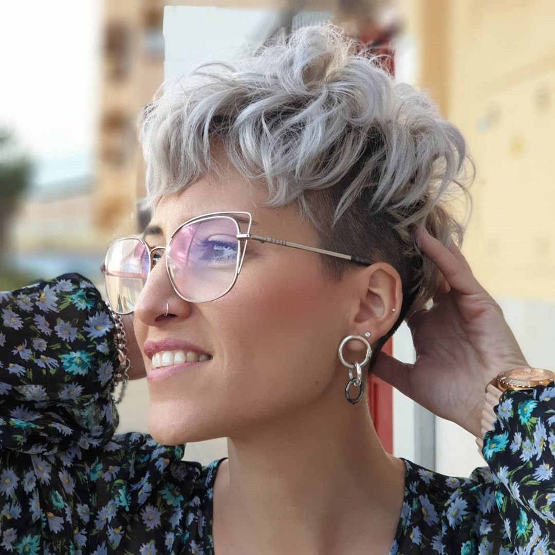 Short Haircut for Curly Hair and Glasses