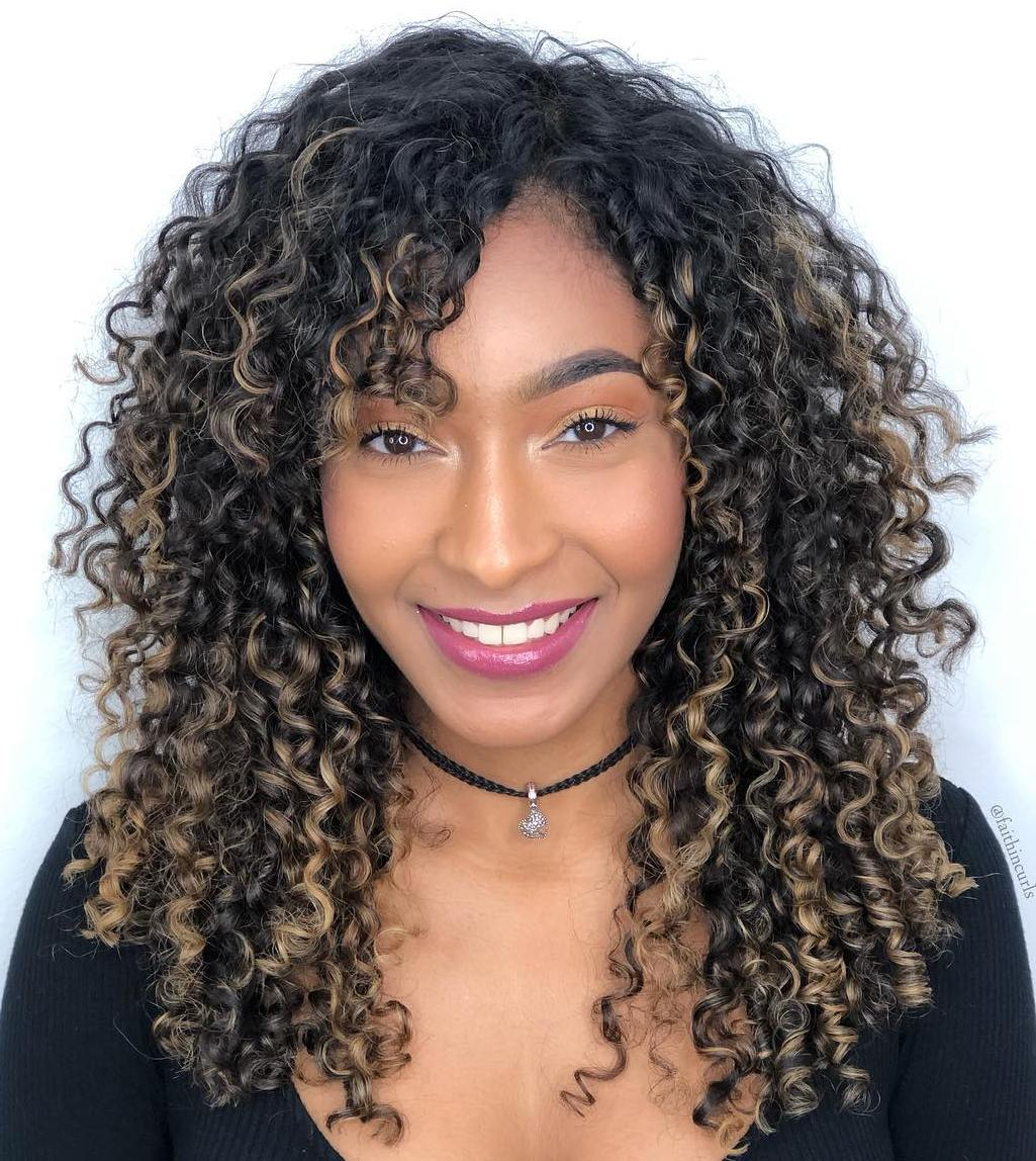 Long Hairstyle for an Oval Face and Curly Hair