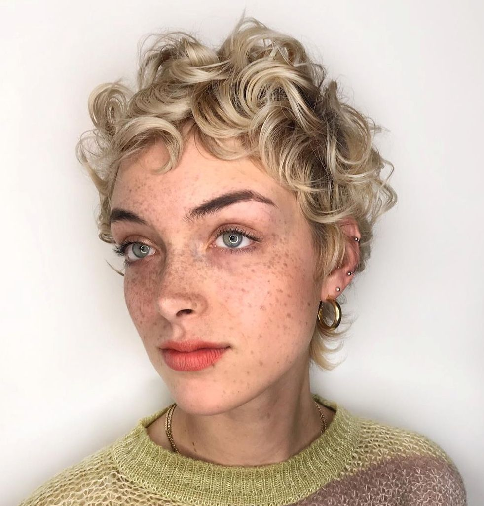 Female Short Curly Hairstyle