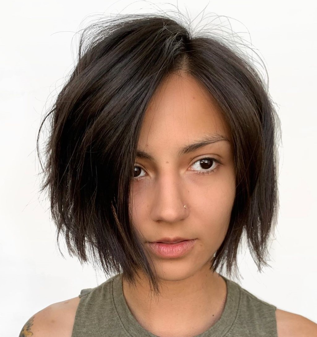 Short Edgy Straight Bob for Oval Faces