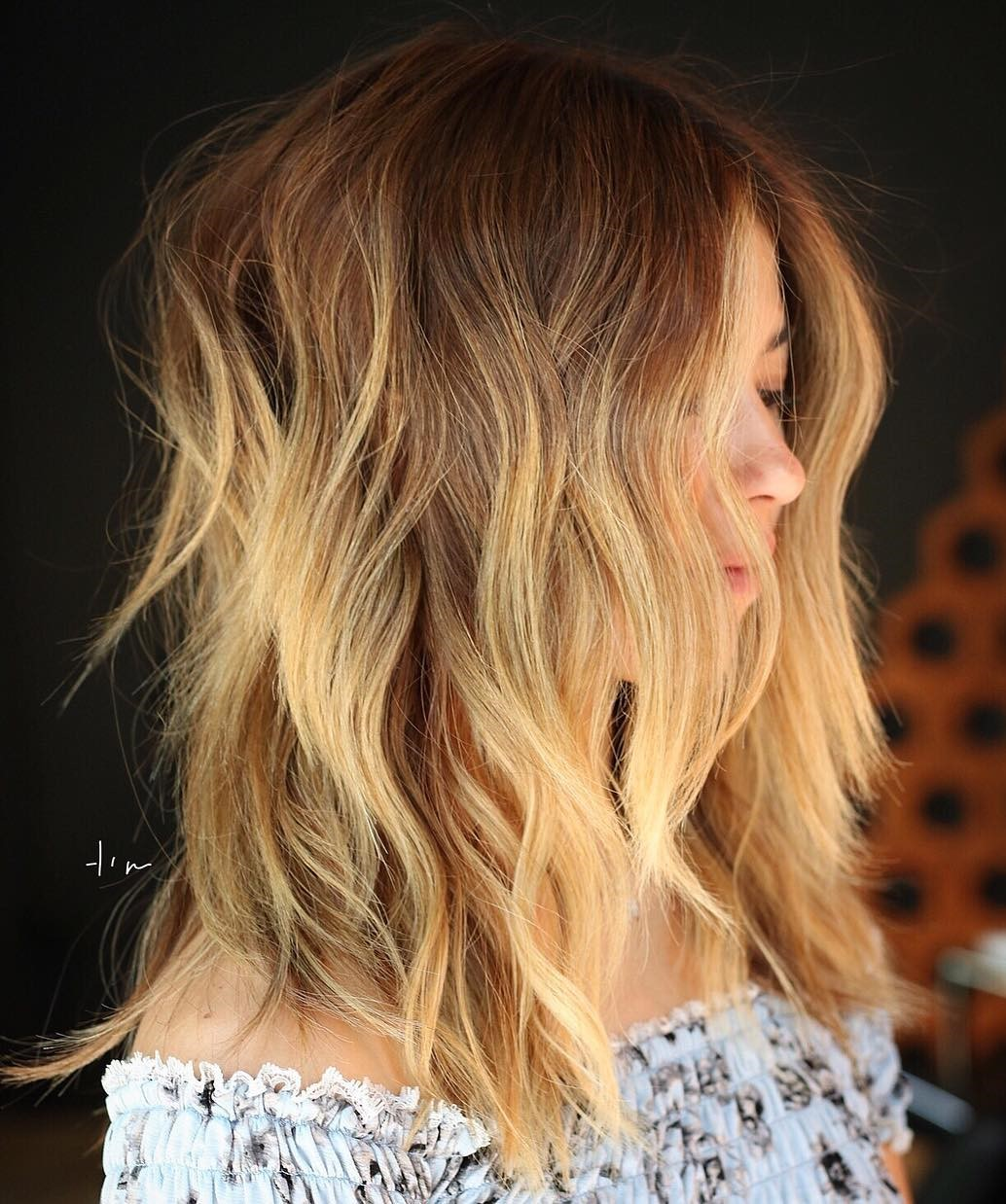 Choppy Mid Length Hairstyle for Women