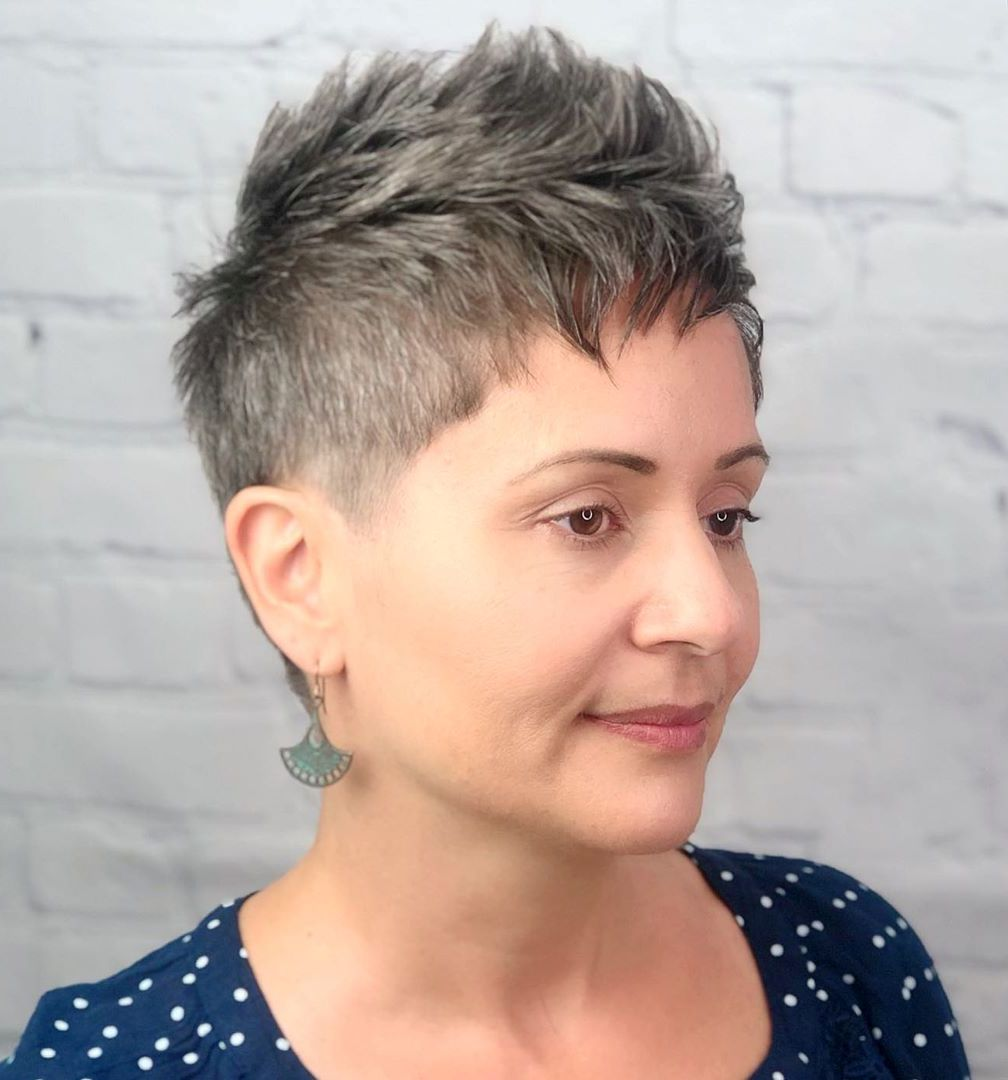 Edgy Pixie Fauxhawk Haircut for Women