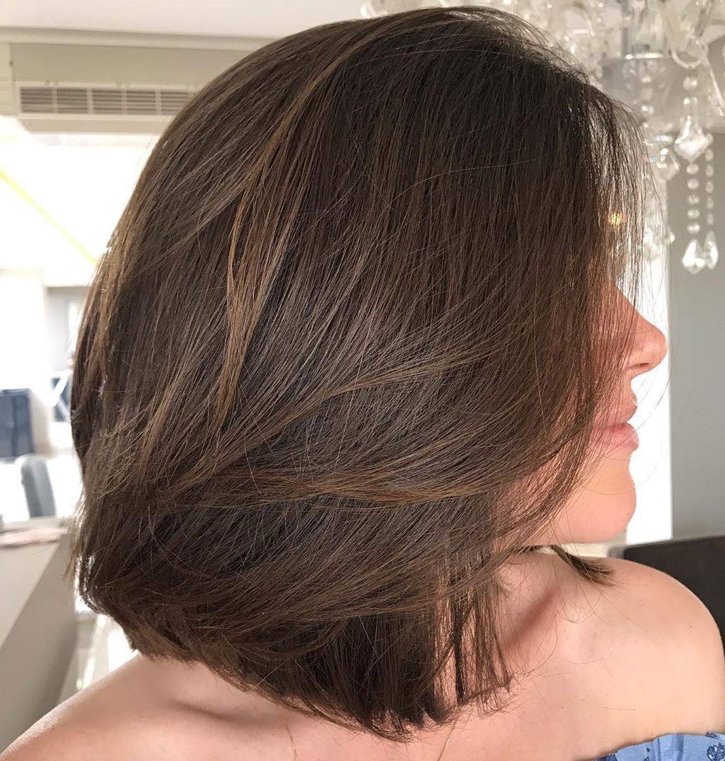 Women's Medium Haircut with Dimension