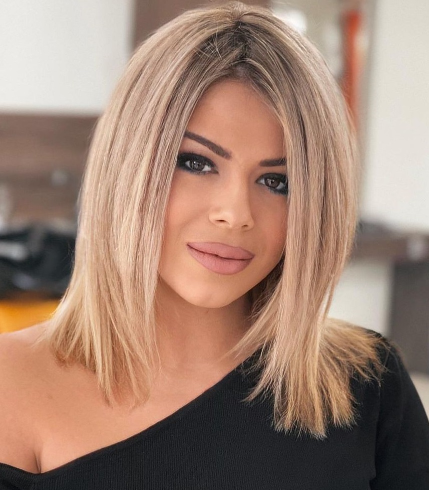Layered Lob Hairstyle for Straight Hair