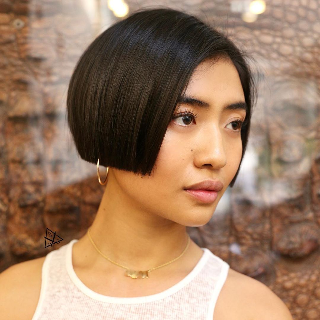 Short Cute Blunt Bob Haircut