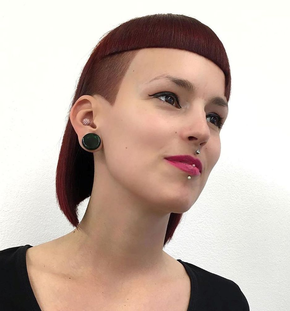 Blunt Lob with Short Bang and Undercut