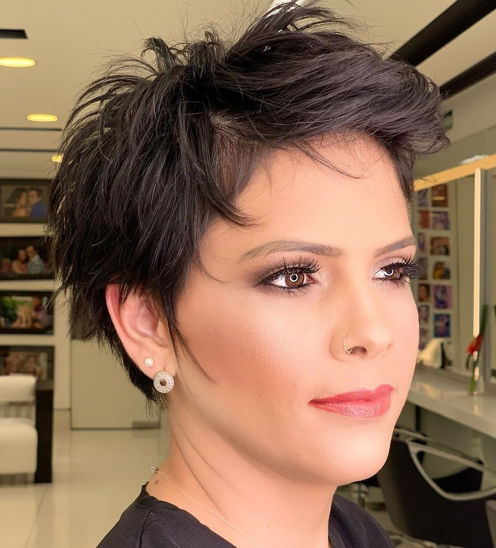 Short Haircuts for Women in Their 50s with Fine Hair