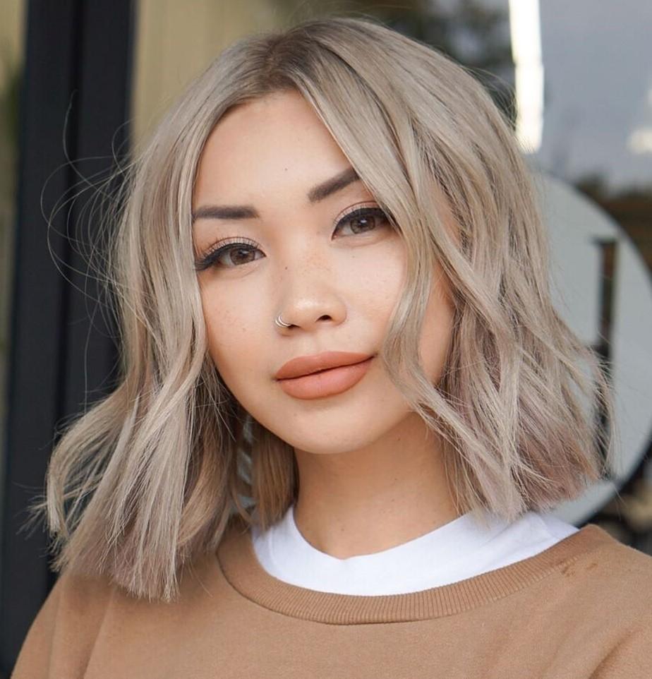 Short Wavy Dusty Blonde Hair