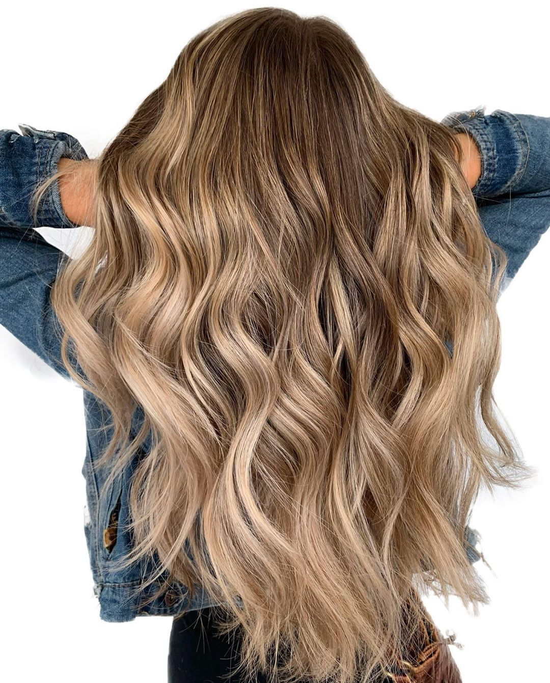 Creamy Brown Blonde Balayage Highlights