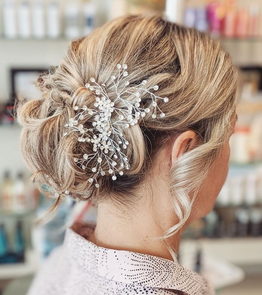 Cute Short Updo for a Bridesmaid