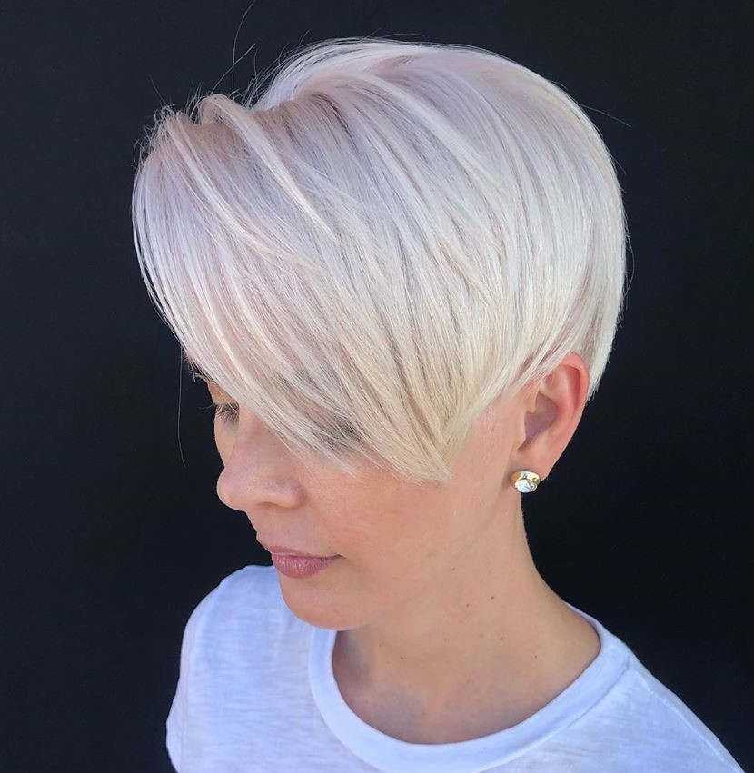 Short Platinum White Hair