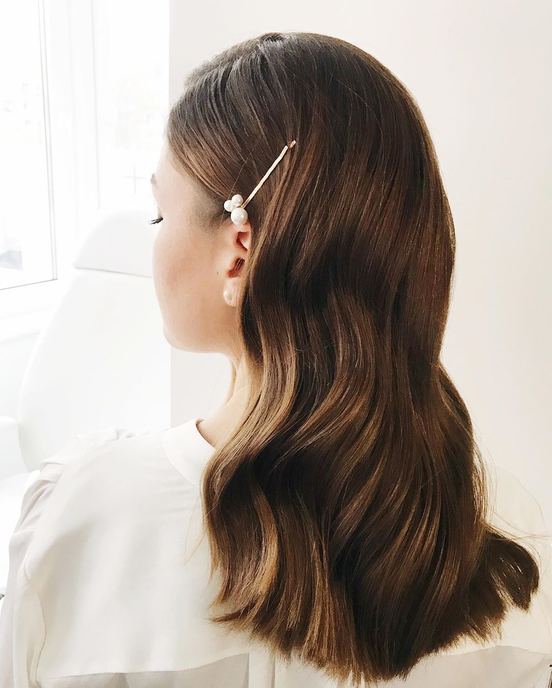 Cute Downdo with Elegant Pins Trend for Autumn
