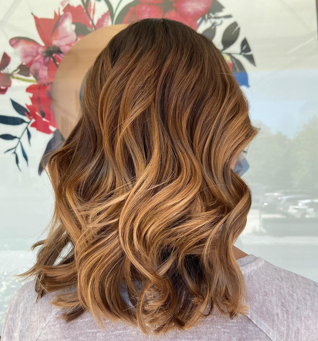 Toffee Hair with Caramel Highlights