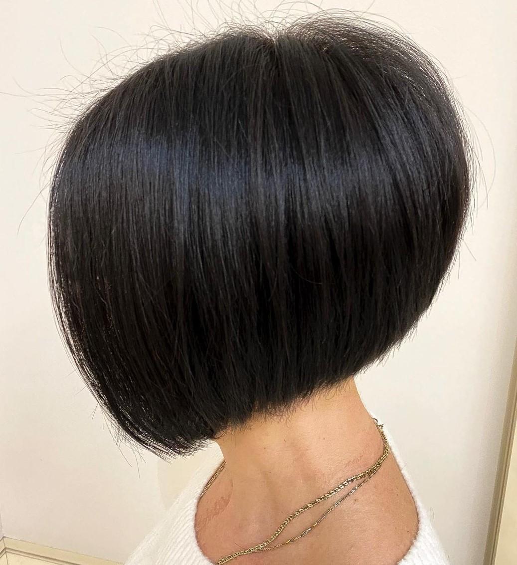 Voluminous Short Stacked Haircut