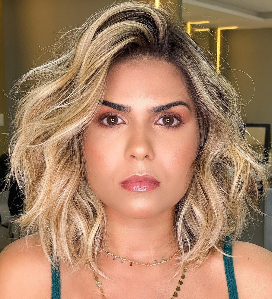 Long Messy Bob with Beach Waves