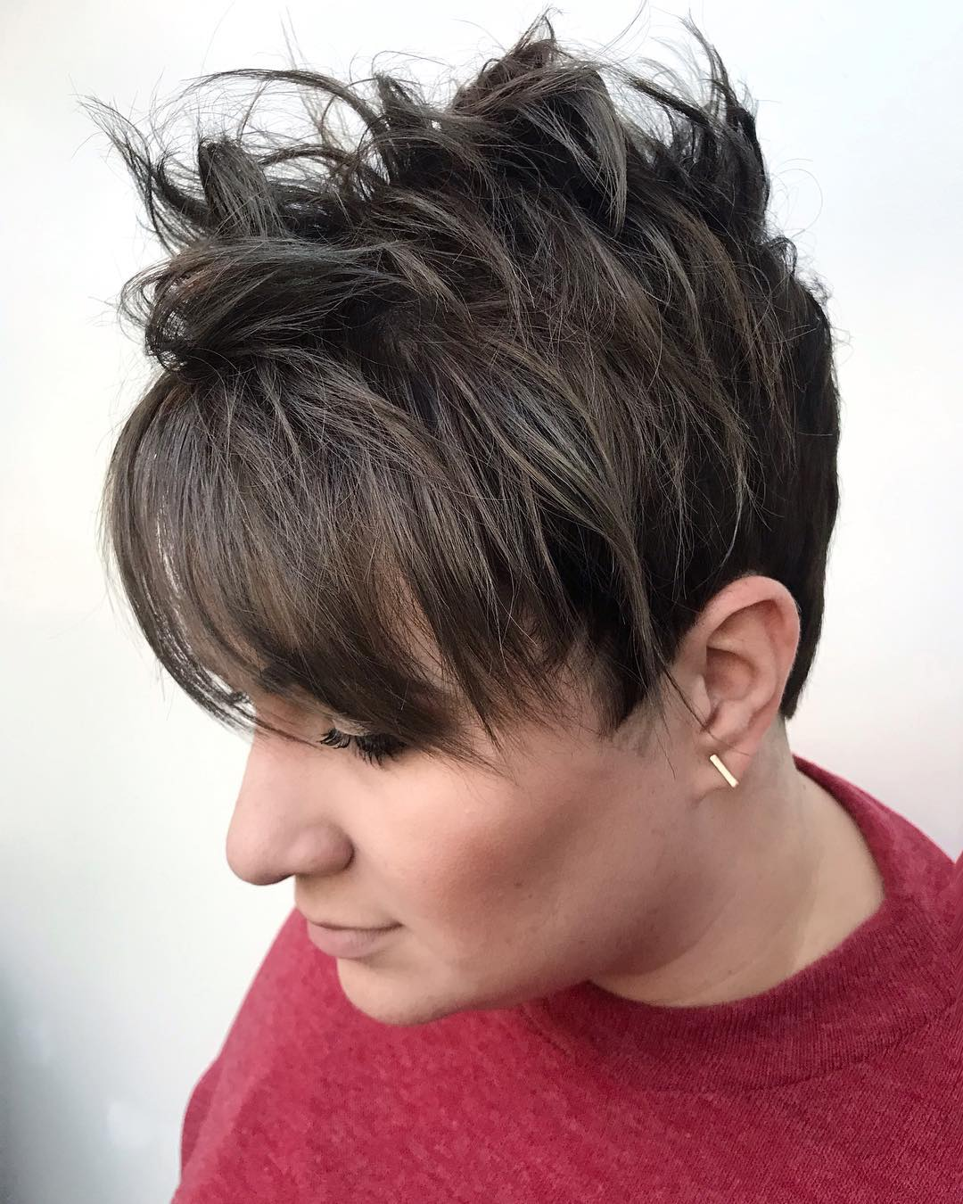 Super Short Cuts for Women with Double Chins
