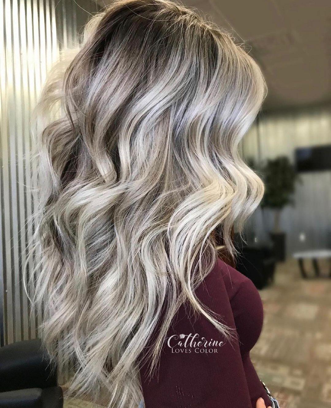 Cool Beige Blonde Balayage Hair