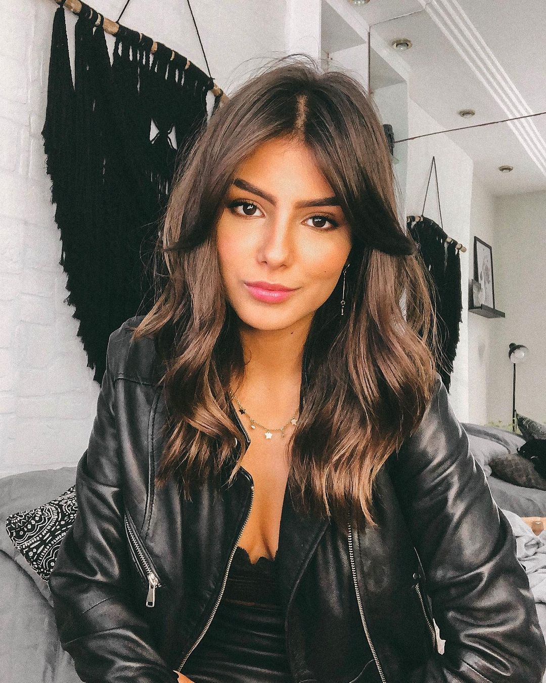 Medium Hairstyle with Piece-y Layers