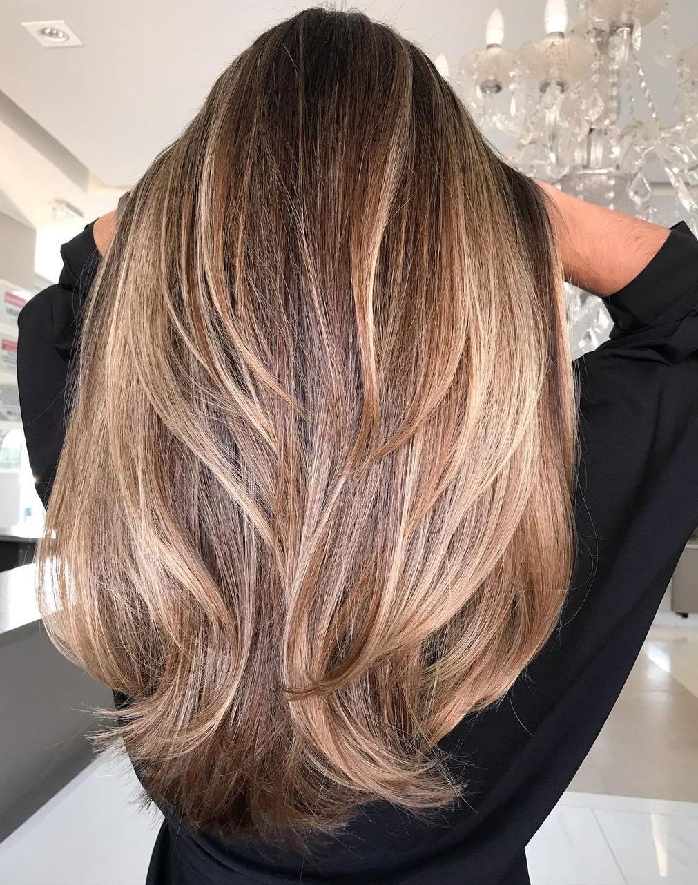 Honey Blonde Long Textured Hair