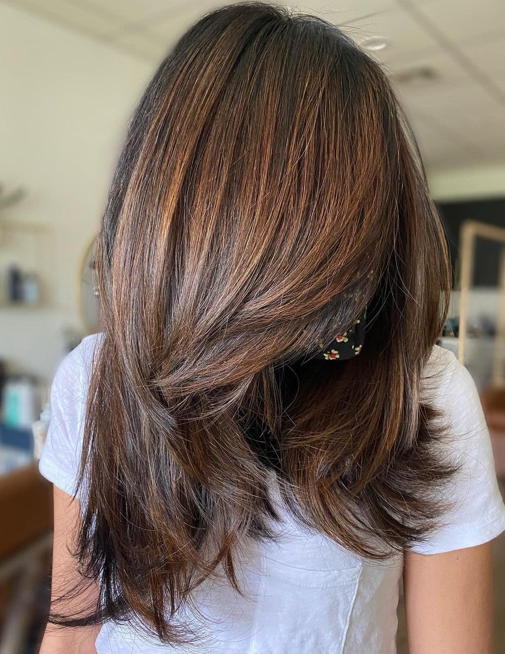 Long Layered Hair with Lowlights