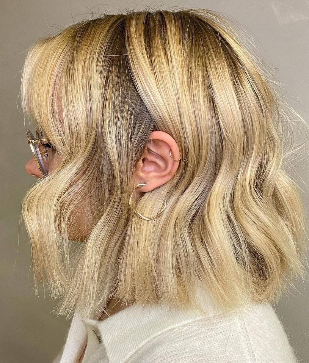 Flirty Light Honey Blonde Waves