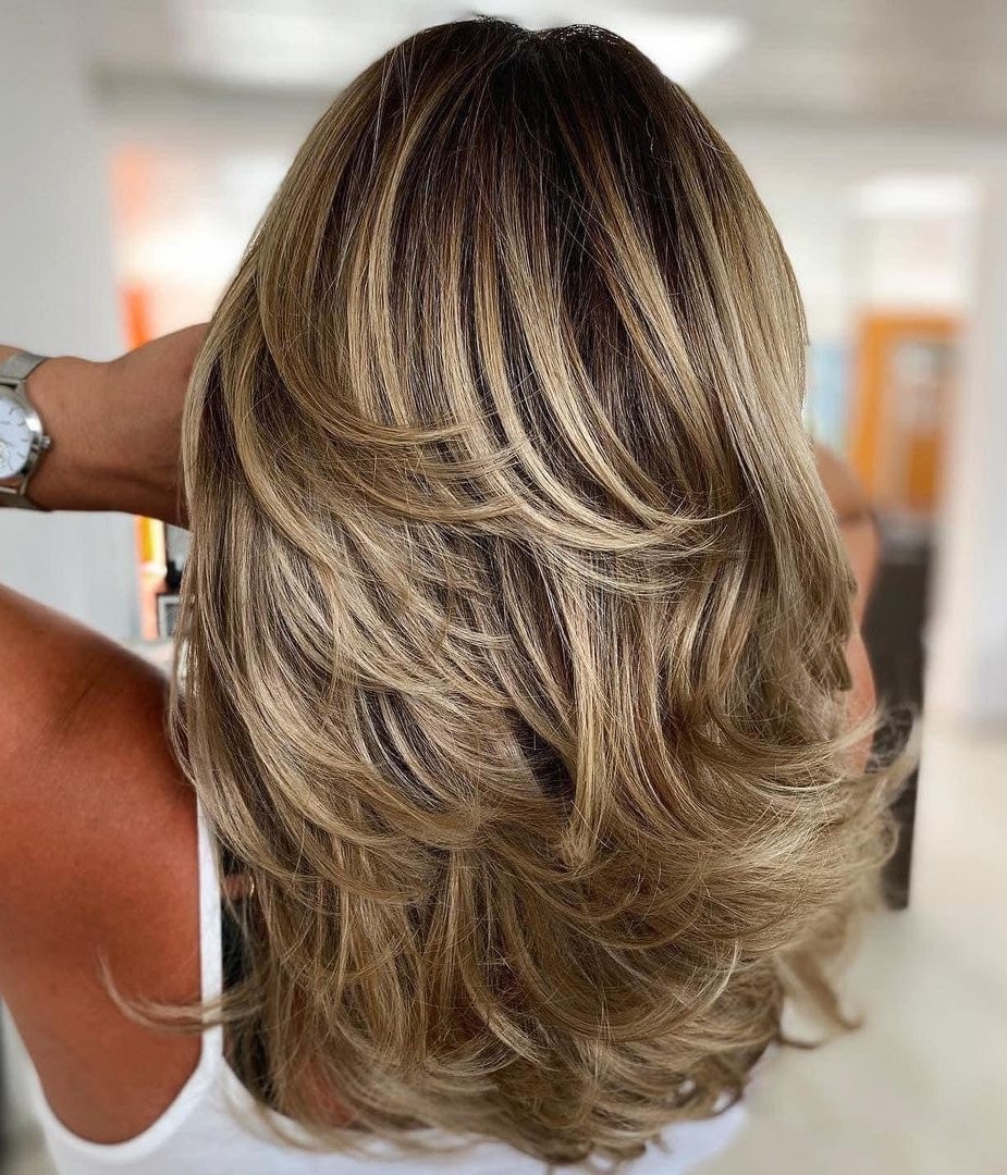Dark Blonde Hair with Shadow Roots