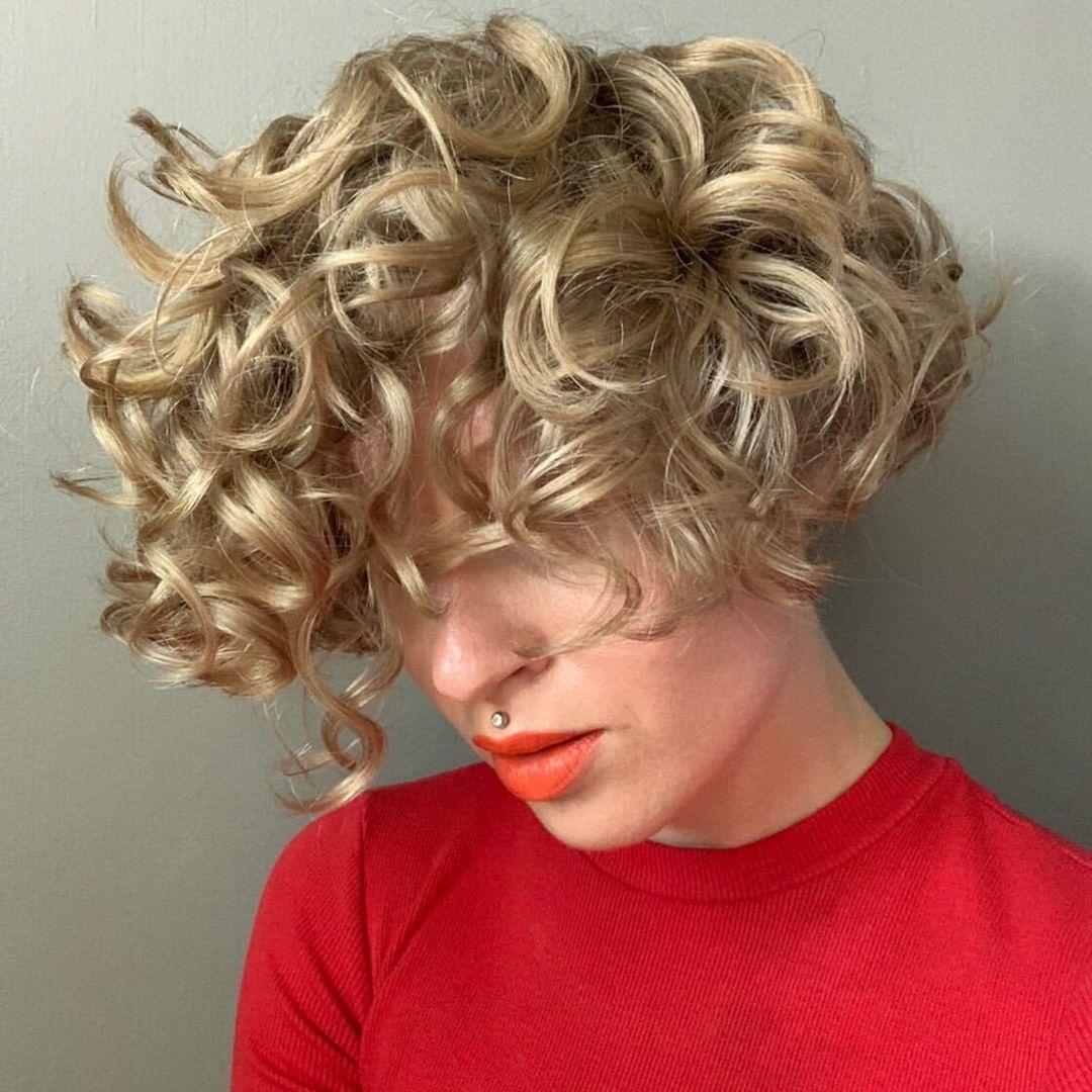 Short Golden Blonde Bob with Curls