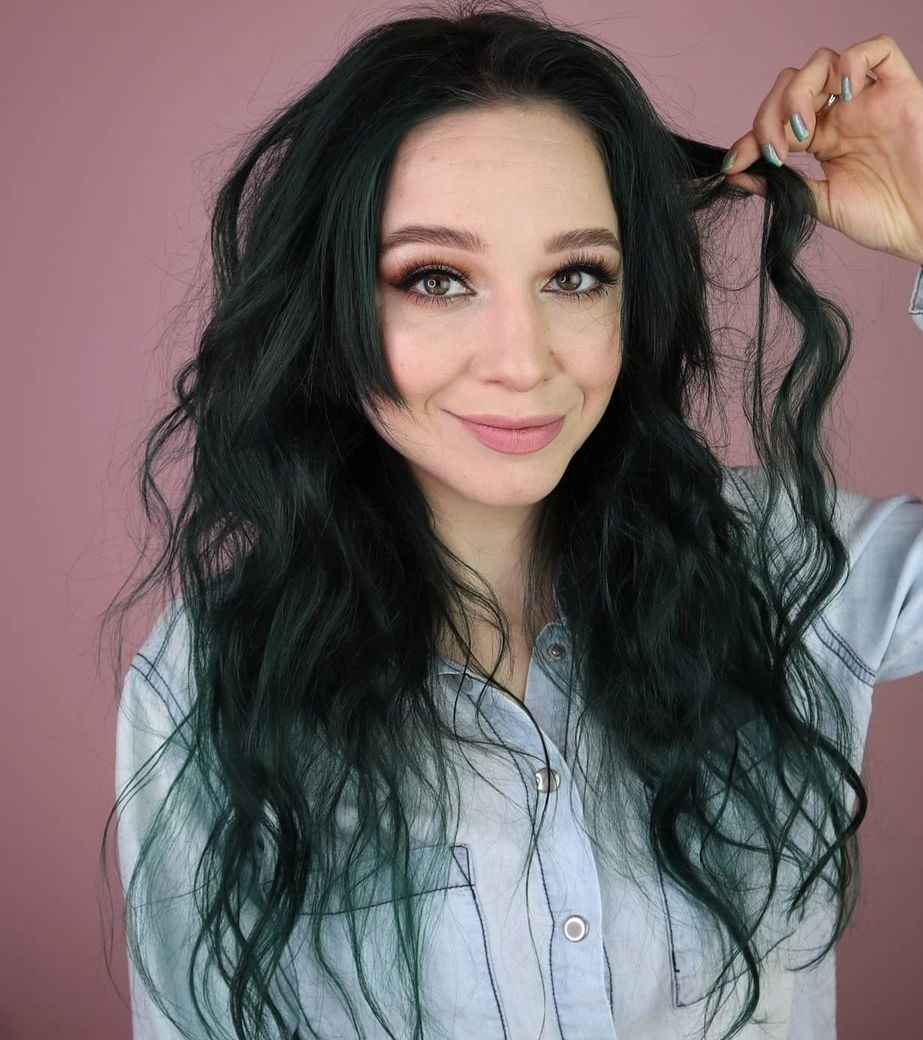 Loose Wavy Hairstyle Overnight