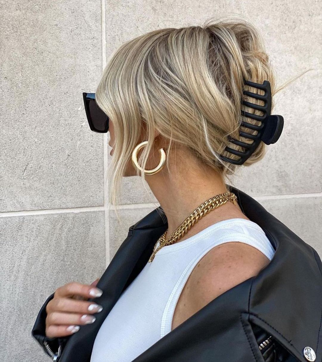 Simple Claw Clip Updo