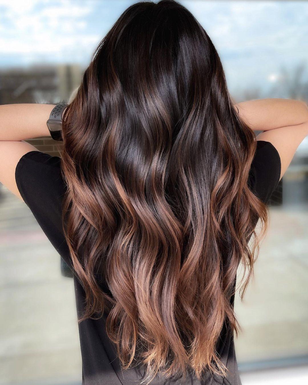 Chestnut Highlights on Brunette Hair