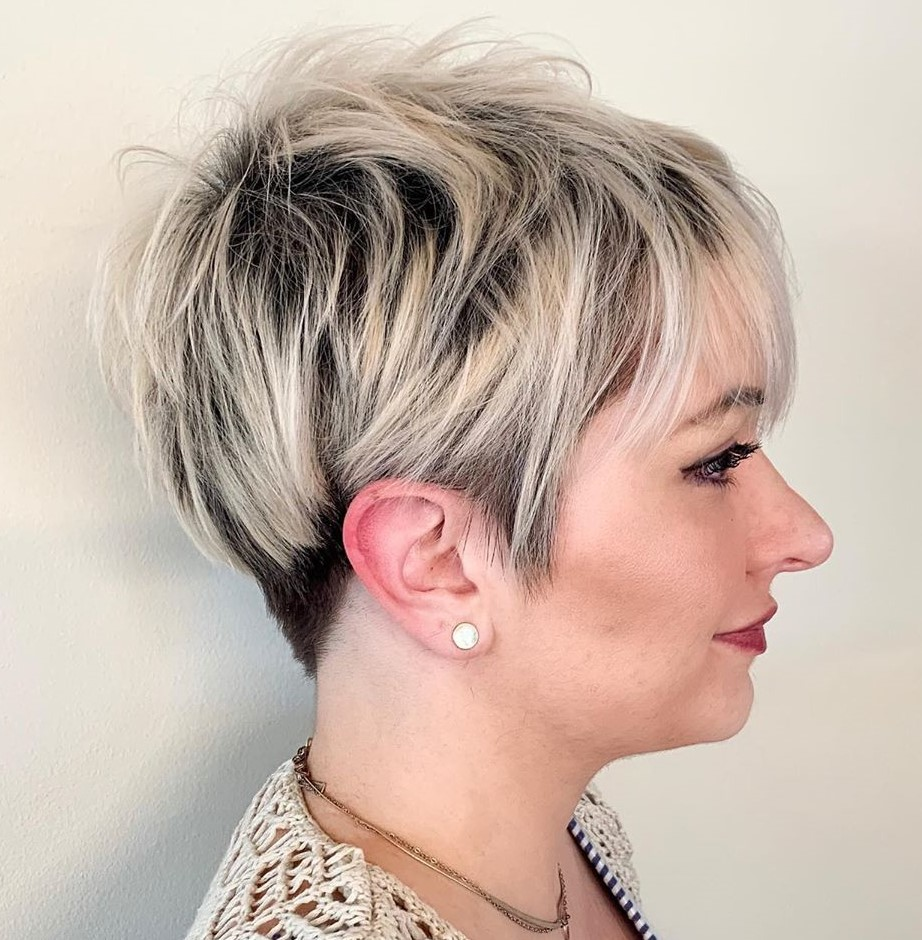 Short Blonde Hair with Shadow Root