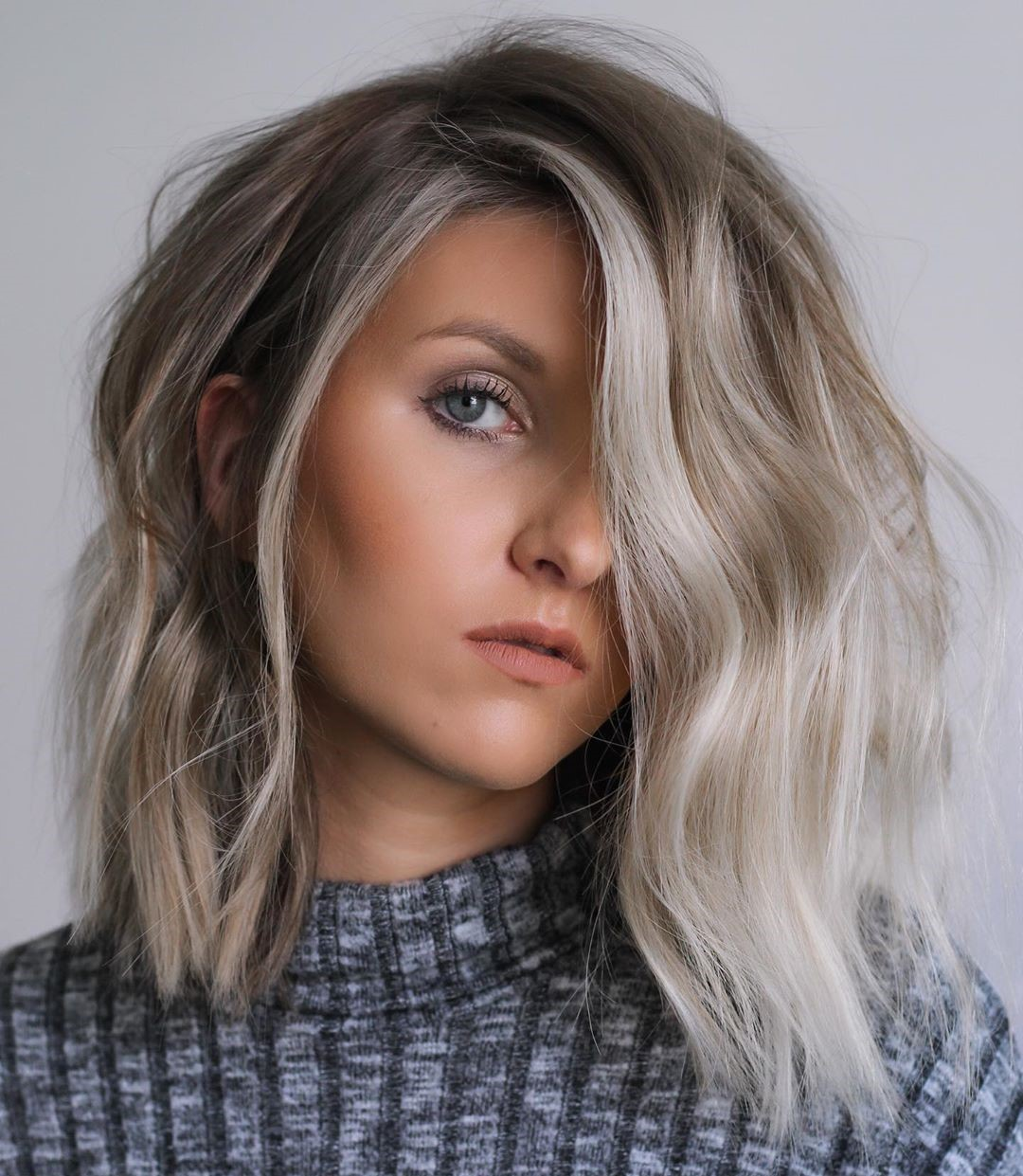 White Blonde Highlights for Shoulder-Length Hair