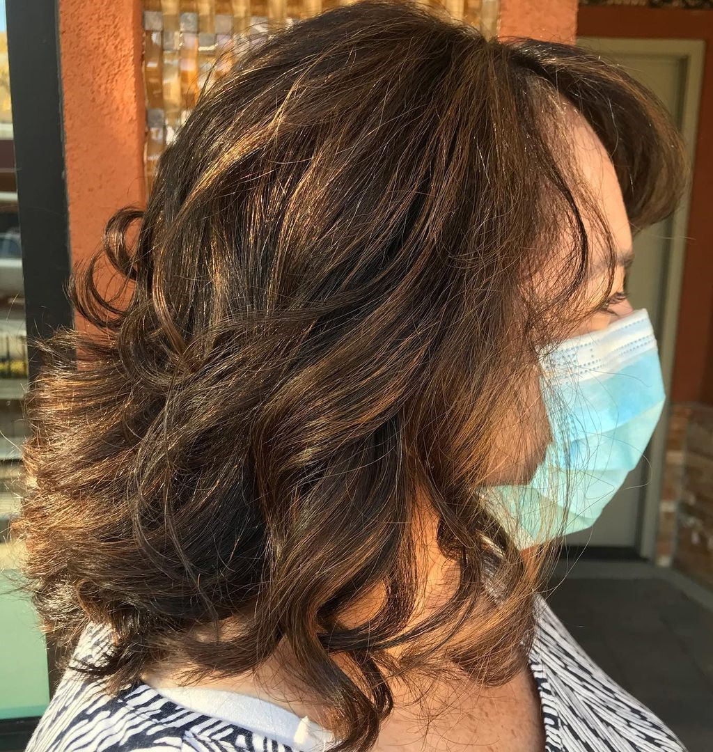 Medium Overweight Hairstyle with Highlights