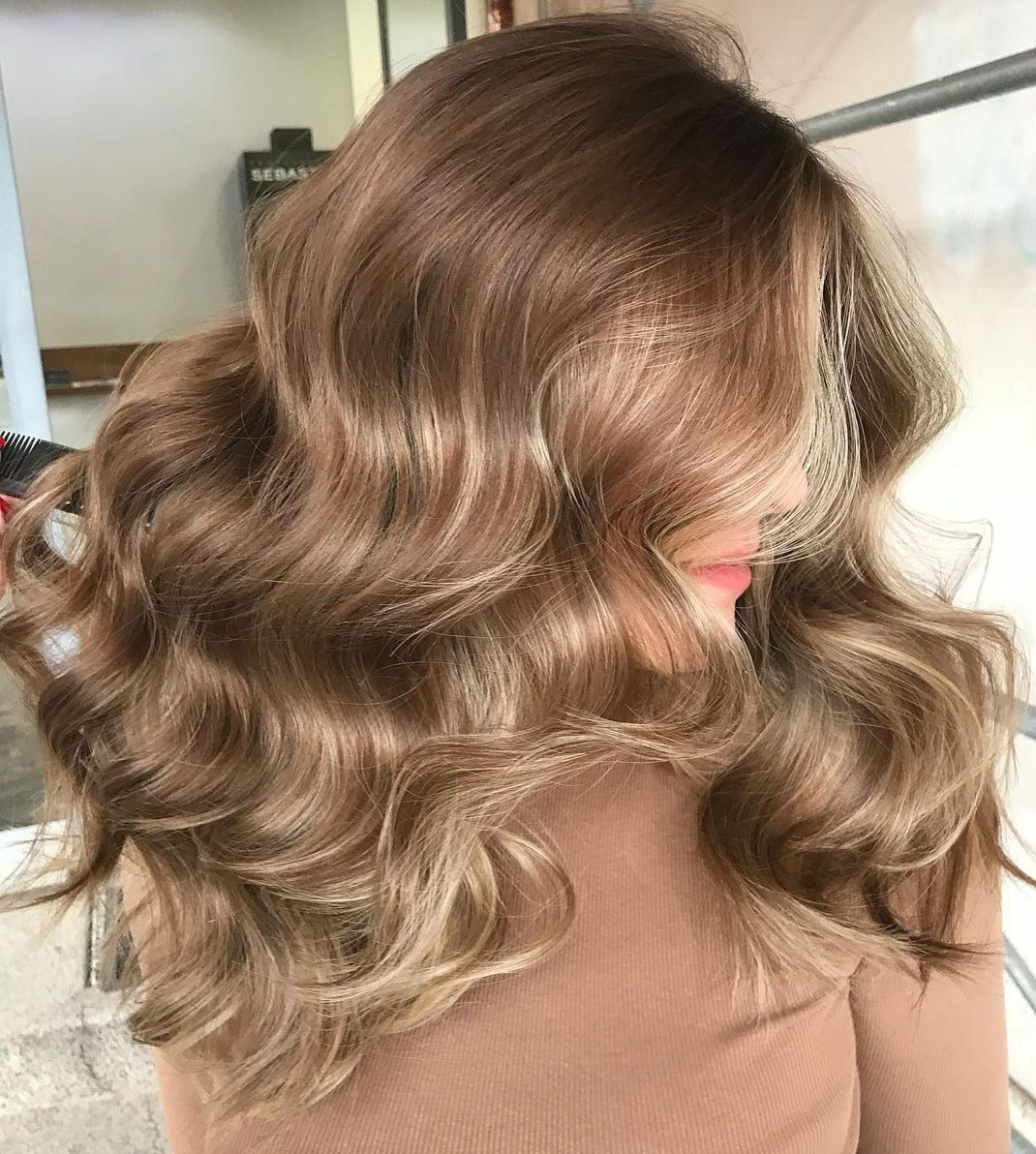 Feminine Light Brown Waves with Highlights