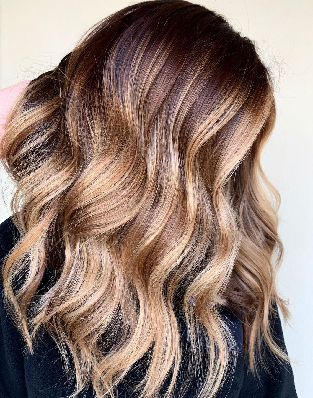 Caramel Blonde Highlights with Brown Roots