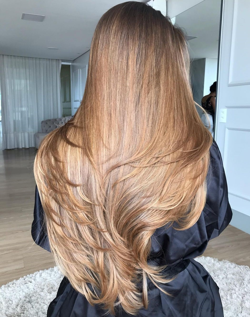 Long Hair with Layers Flow