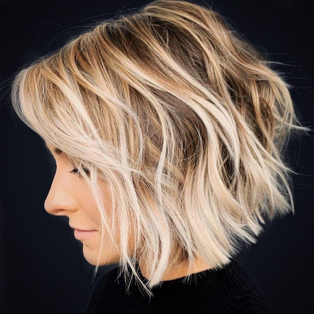 Short Hair with Blonde Balayage Highlights