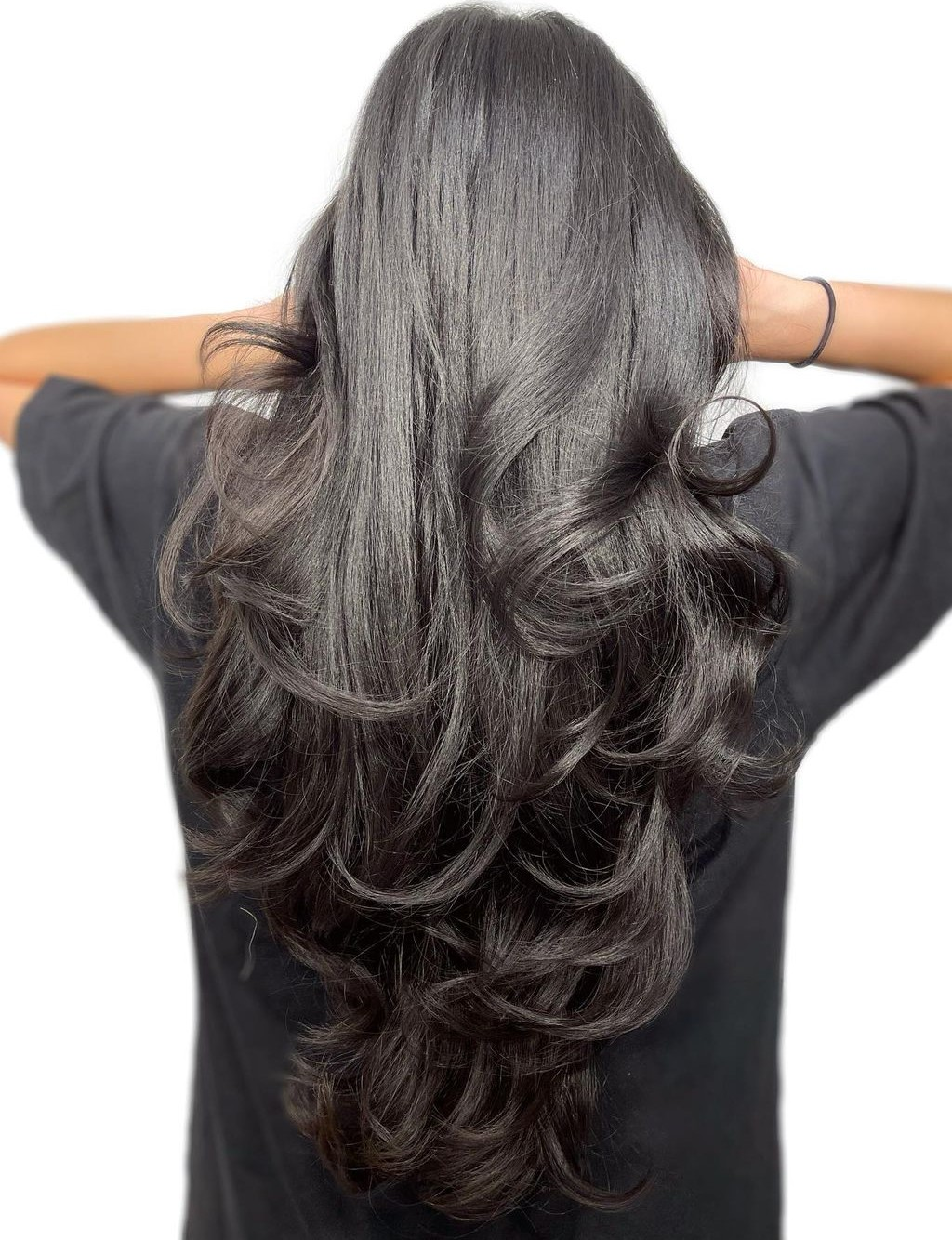 V-Cut with Layers and Curls