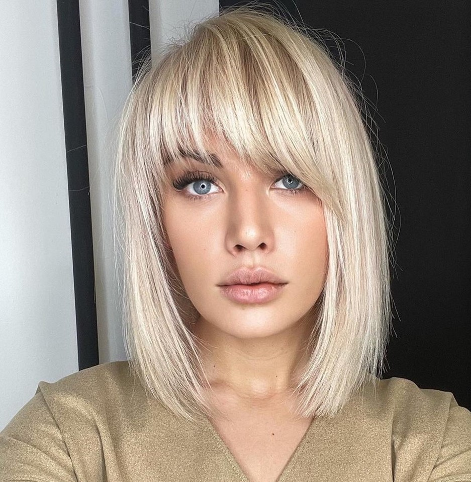 Haircut with Bangs for the Rectangle Face