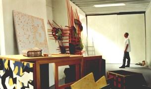 Spot, oleo sobre lienzo, aproximadamente 150 x 250 cm. 2000. Propiedad particular vendido en Galería Trayecto en la expo 'Im-prudencia'