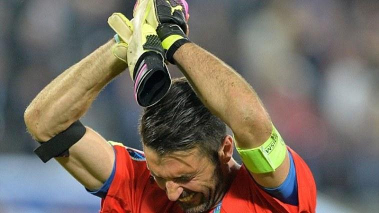 Buffon mewek usai Italia tersingkir di Euro 2016, bikin baper aja