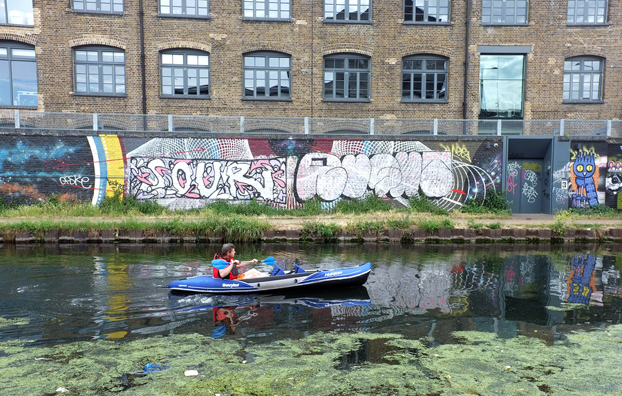 Haggerston Influencers Enjoy The Commute To Promote New Local Housing Development 'The Overdraught'